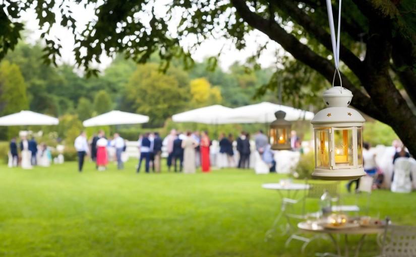 Eccezionale Come allestire la tavola per un buffet in giardino - Blog Dress My  MF09