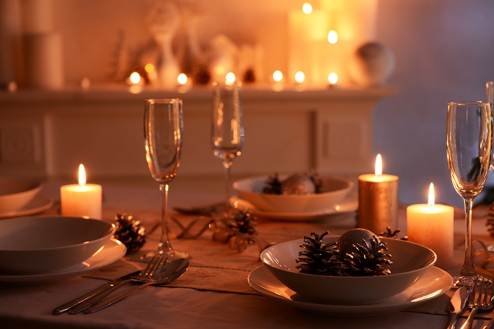 Come decorare la tavola con le candele dress my table - Come fare le candele in casa ...