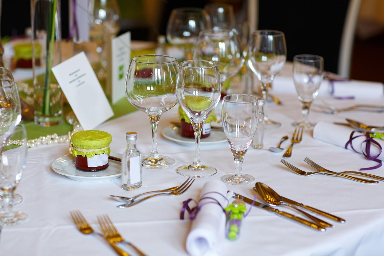 Allestire una tavola per compleanno ecco 10 nostri consigli for Idee per una cena di compleanno